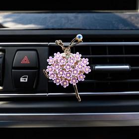 """Украшение в дефлектор автомобиля """"Балерина"""""""