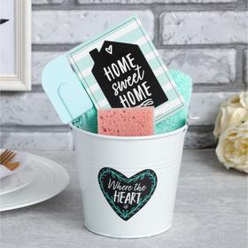 Набор подарочный Sweet home вид 2, ведро, полотенце 30х60, лопатка, губка (МИКС)