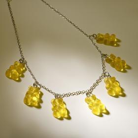 """Колье """"Мармеладные мишки"""" на тонкой цепочке, цвет жёлтый в серебре, 35см"""