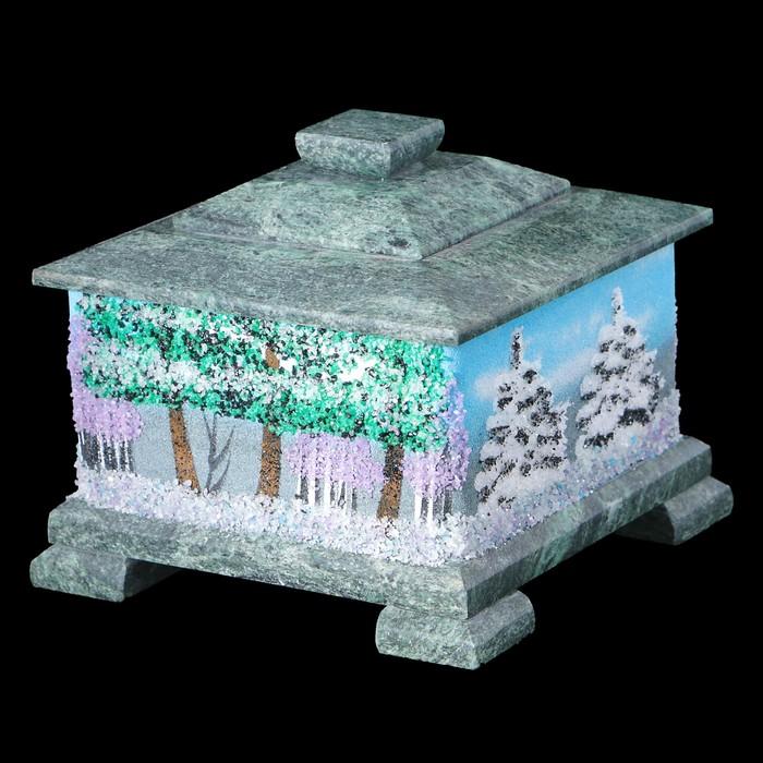 Шкатулка квадратная рисованная, на каменных ножках, с двойной крышкой