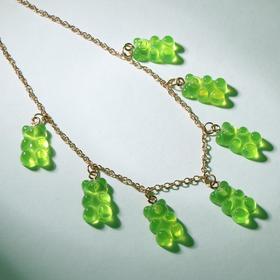 """Колье """"Мармеладные мишки"""" на тонкой цепочке, цвет зелёный в золоте, 35см"""