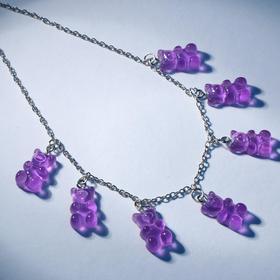"""Колье """"Мармеладные мишки"""" на тонкой цепочке, цвет фиолетовый в серебре, 35см"""