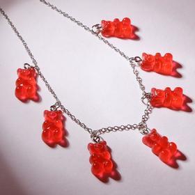 """Колье """"Мармеладные мишки"""" на тонкой цепочке, цвет ярко-красный в серебре, 35см"""