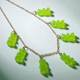 """Колье """"Мармеладные мишки"""" на тонкой цепочке, цвет матово-зелёный в золоте, 35см"""
