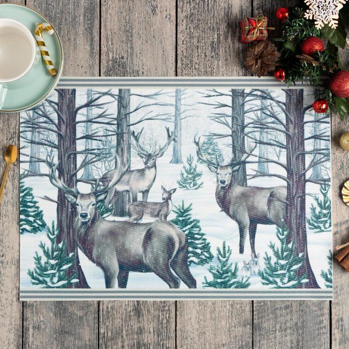 Новогодняя салфетка на стол «Сказочный лес», 40х29 см