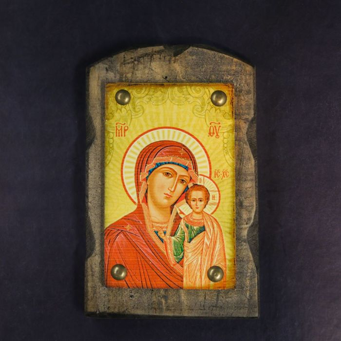 """Икона над дверью под старину """"Казанская икона Божией Матери"""""""