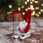 """Мягкая игрушка """"Дед Мороз на санках"""" 5х13 см, красный"""