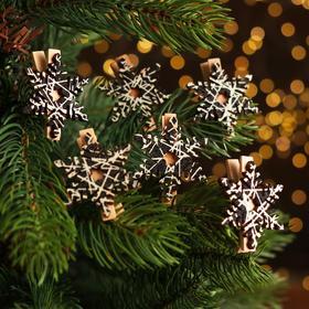 Набор декоративных прищепок с подсветкой «Снежинки» 12×8 см, набор 6 шт.