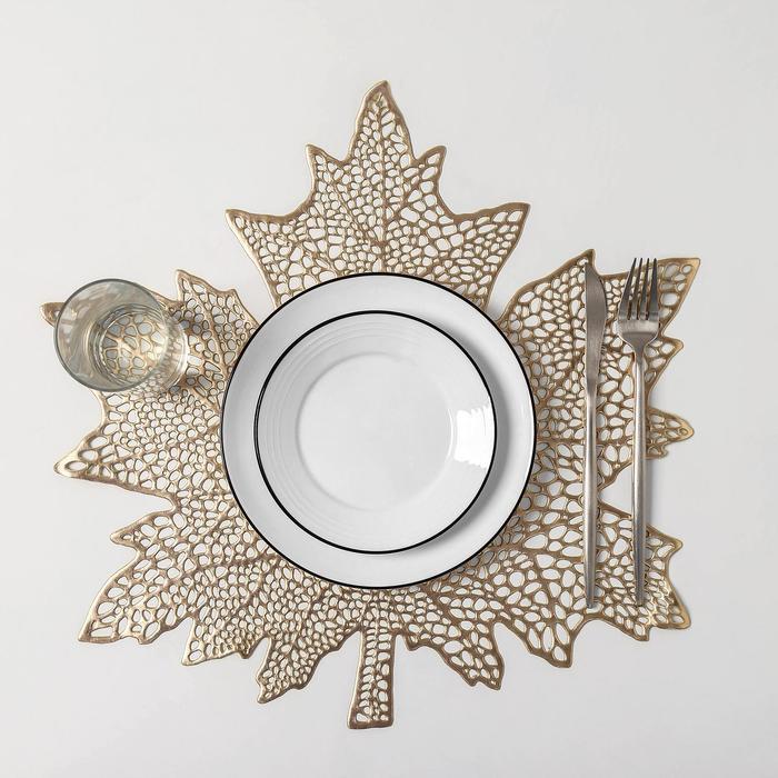 Набор салфеток кухонных Доляна «Кленовый лист», 4 шт, d=38 см, цвет золото