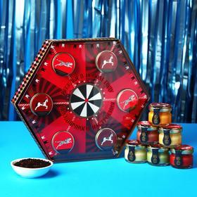 Подарочный набор «С новым годом»: чай чёрный 50 г., крем-мёд (6 шт. x 30 г.)