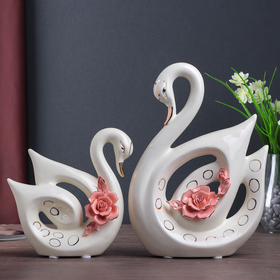 "Сувенир ""Два лебедя с цветком"", набор из 2-х шт"