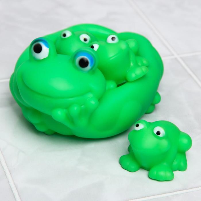 Набор игрушек для купания «Лягушка», мыльница, игрушки 3 шт