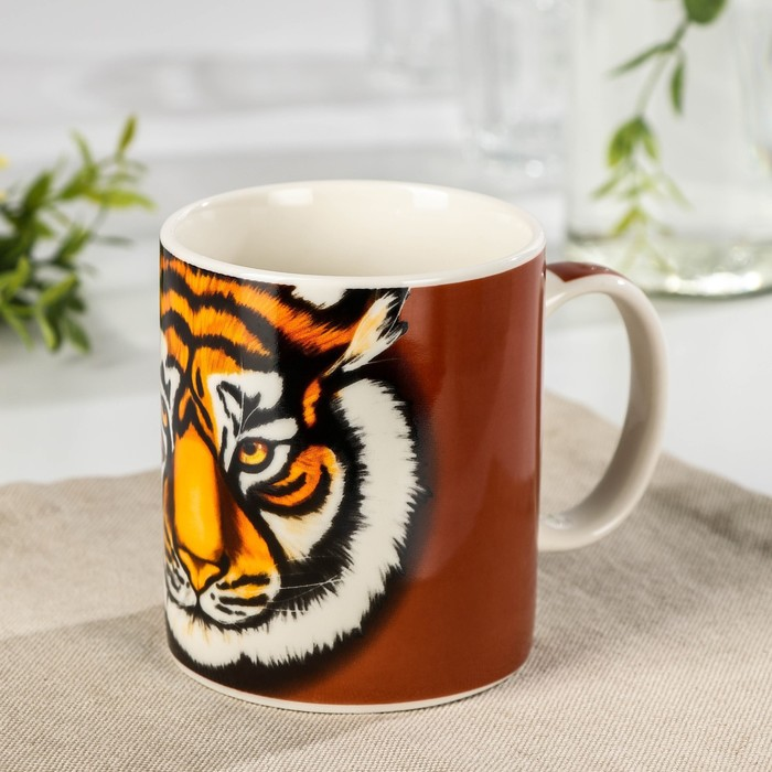 Кружка Доляна «Новый год. Взгляд тигра», 280 мл