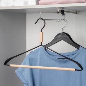 Вешалка для одежды с усиленными плечиками SAVANNA Wood, 42×22×3,2 см, цвет чёрный