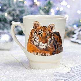 """Кружка """"Водолей с тигром"""", белая, символ года 2022, деколь, 0.6 л, микс"""