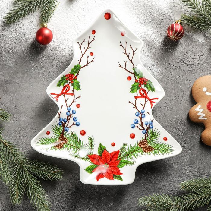Блюдо сервировочное Доляна «Новый год. Пуансеттия», 29×24×2,6 см