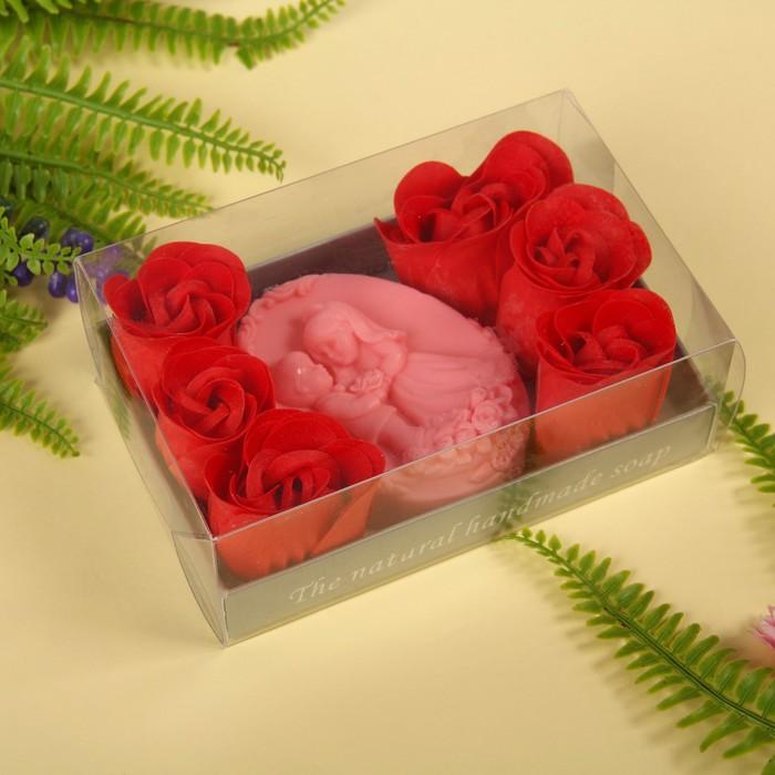 """Набор подарочный """"Влюбленные"""": мыльные лепестки (набор 6 шт), мыло сувенирное, цвет красный"""