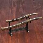 Сувенирное оружие «Катаны на подставке», объемный узор на ножнах