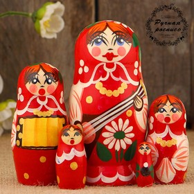 "Matryoshka ""the Concert,"" red mix, 5 doll, 12 cm"