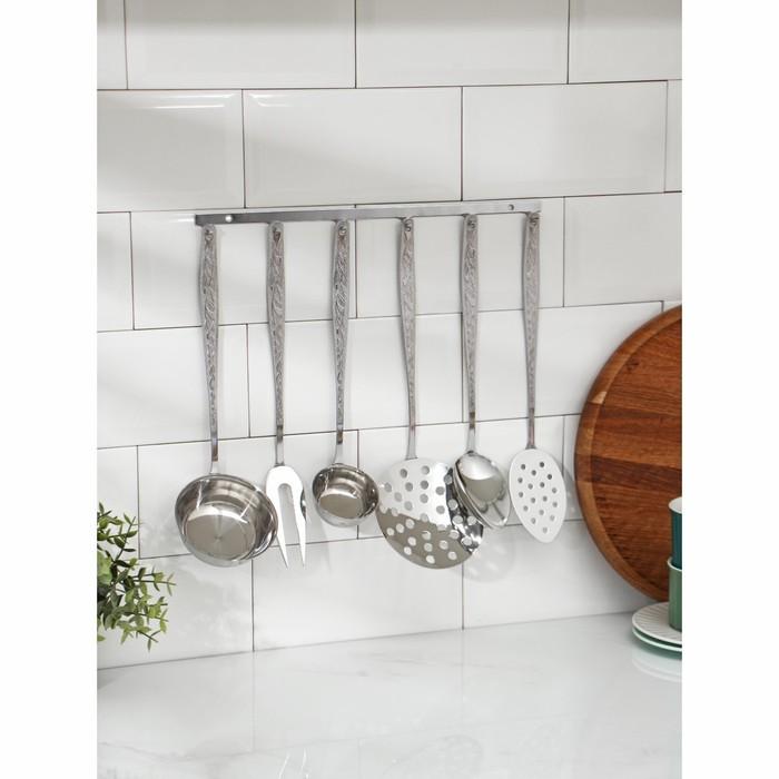 Набор кухонных принадлежностей «Уралочка», 6 предметов, толщина 2,5 мм, на подвесе