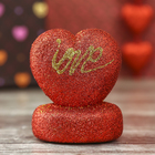 "Сердце на подставке c блёстками ""Love"""