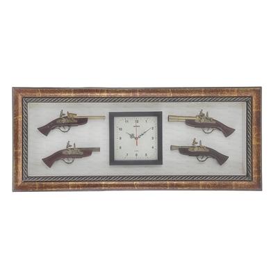 Часы и сувенирное изделие в раме, 4 мушкета