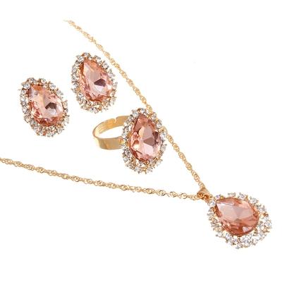 """Гарнитур 3 предмета: серьги, кулон, кольцо безразмерное """"Капля"""" утренняя роса, цвет розовый в золоте, 45см"""