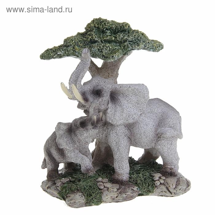 """Сувенир """"Африканский слон со слонёнком у дерева"""""""