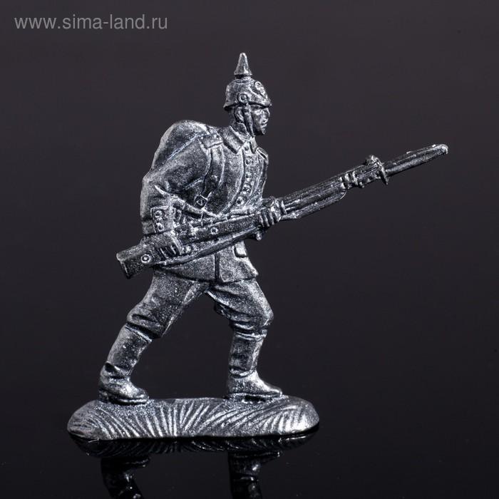 """Оловянный солдатик """"Германский рядовой в бою"""""""