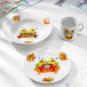 Набор посуды «Пчёлы», 3 предмета: кружка 200 мл, тарелка глубокая 230 мл, d=20 см, тарелка мелкая d=17 см