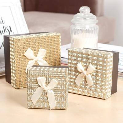 """Набор коробок 3 в 1 """"Сияние"""", золото, 11 х 11 х 7 - 7,5 х 7,5 х 5 см"""