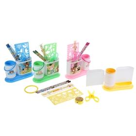 Набор настольный детский, «Друзья» из 7 предметов: 2 карандаша, линейка, ножницы, точилка, трафарет, подставка, МИКС