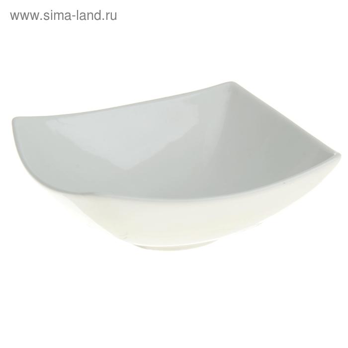 Салатник квадратный 16,5х16,5 cм