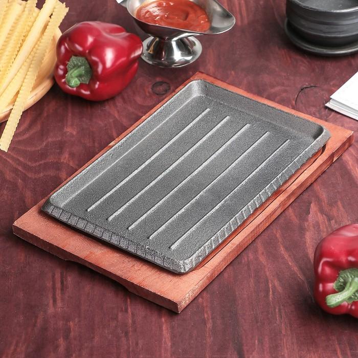 """Сковорода на деревянной подставке """"Прямоугольник. Гриль"""" 24,5х17 см"""