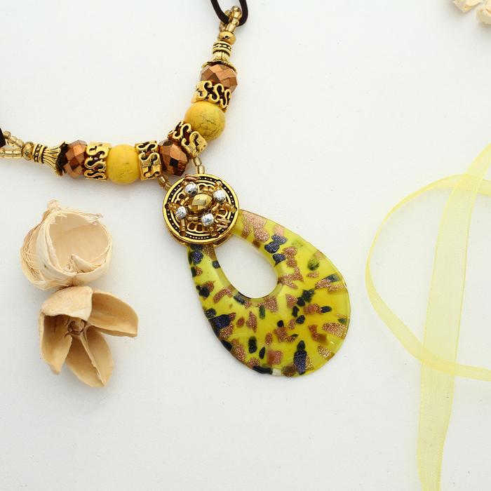 """Кулон восход """"Муранское стекло"""" капля, цвет жёлтый, 45 см"""