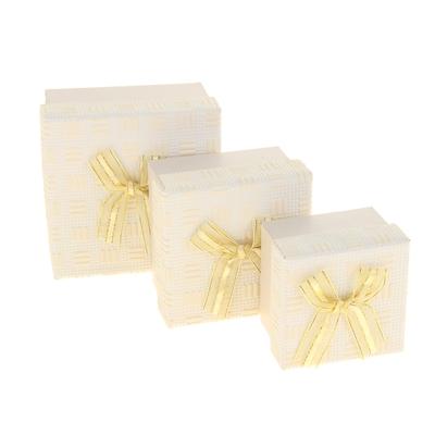 """Набор коробок 3 в 1 """"Фактура"""", цвет бежевый, 11 х 11 х 7 - 7,5 х 7,5 х 5 см"""