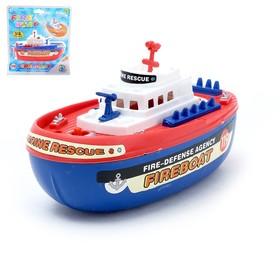 Катер «Пожарная лодка», работает от батареек, брызгает водой