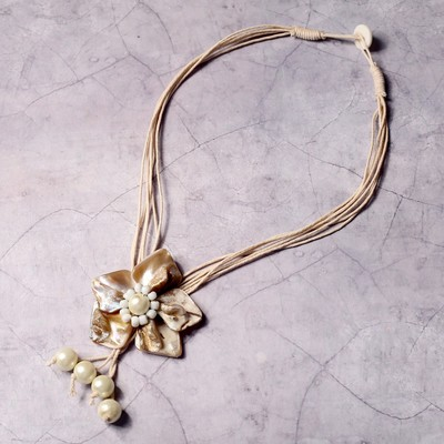 "Necklace ""White Bud"""