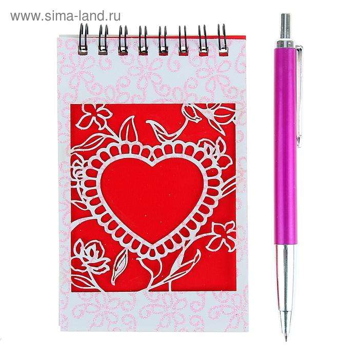Блокнот А6 30л лин на гребне с ручкой в пластиковой коробочке МИКС Сердечко на красном