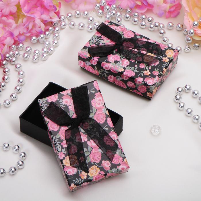 """Коробочка подарочная под набор """"Розочки"""", 8*5*2,5, цвет чёрно-розовый, вставка белая"""