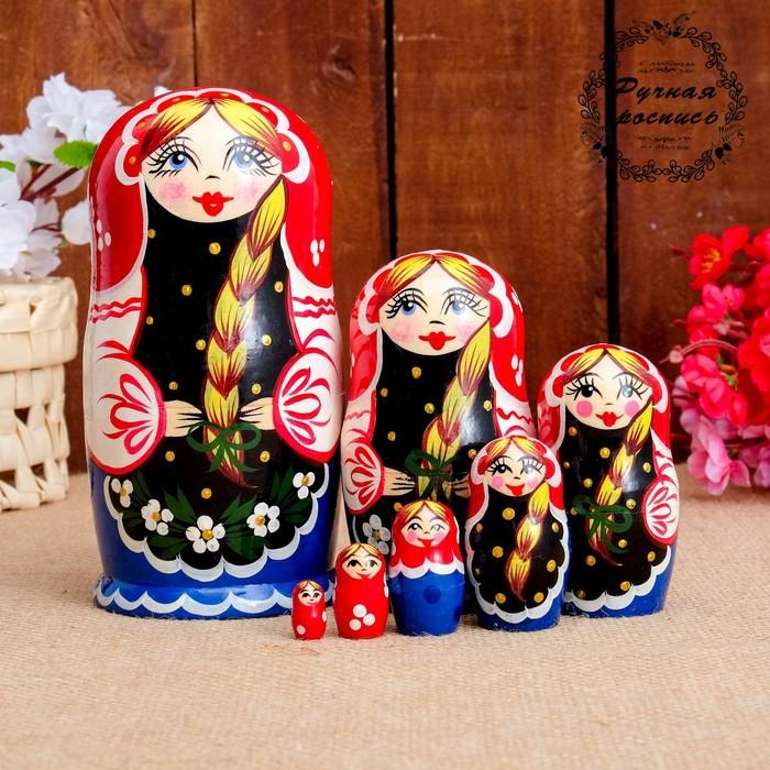 Матрёшка «Русская красавица», красный платок, 7 кукольная, 17 см
