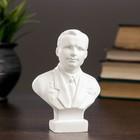 Бюст Гагарин белый, 4х8х11 см