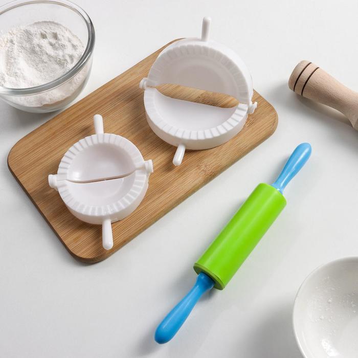 Set for sculpting dumplings, 3 subject: form d=7,5/10 cm, rolling pin MIX