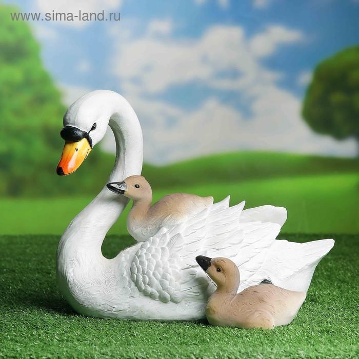 """Садовая фигура """"Семья лебедей"""""""