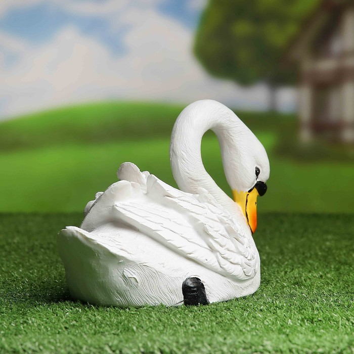"""Садовая фигура """"Склонивший голову лебедь"""""""