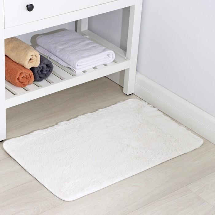 """Коврик для ванной """"Пушистик"""", цвет белый"""