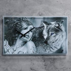 """Часы настенные прямоугольные """"Девушка с волком"""", 35х60 см"""