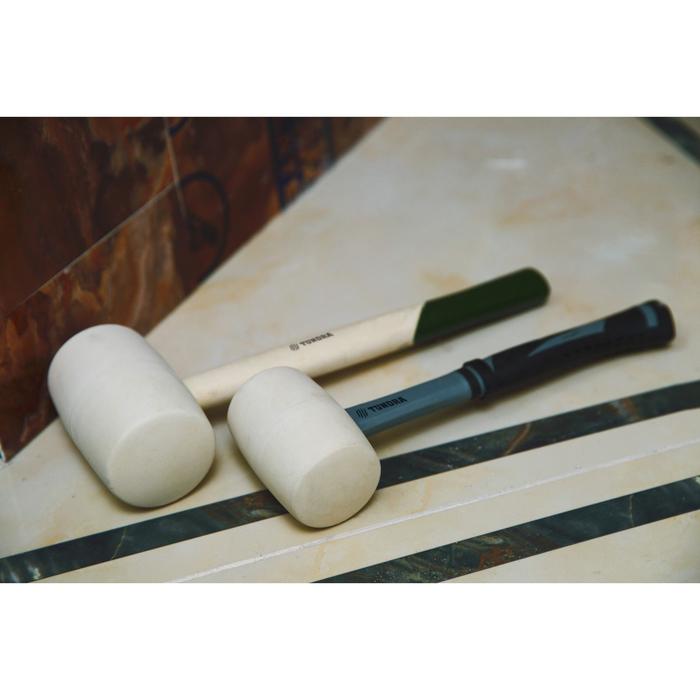 "Киянка ""TUNDRA basic"" деревянная рукоятка, белая резина 1000г"