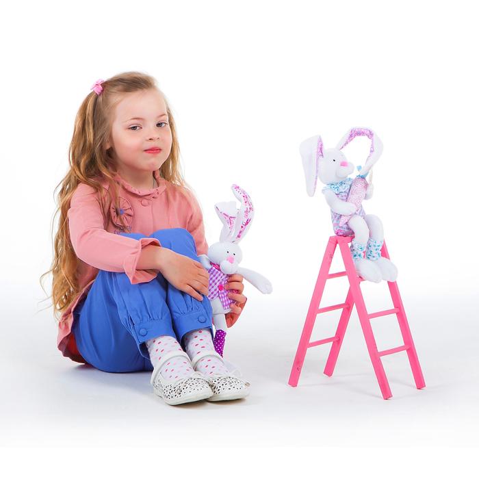 Комплект для девочки: кофта с баской, штанишки, рост 104-110 см (4-5л.) 9199CC1560