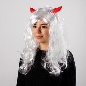Карнавальный парик с красными рогами, цвет белый, 130 г
